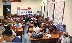 Đột kích sòng Poker ở Sài Gòn,  tạm giữ gần 600 triệu đồng