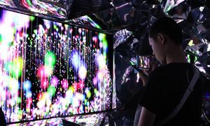 Giới trẻ ngất ngây trải nghiệm công nghệ vượt trội của Sony