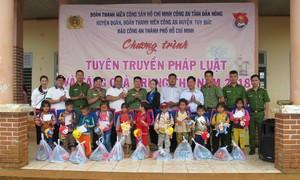 Mang Trung thu đến với trẻ em nghèo Tây Nguyên