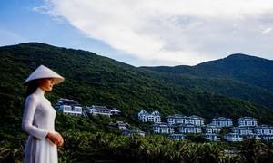 InterContinental Danang Sun Peninsula vinh dự nhận 2 giải thưởng