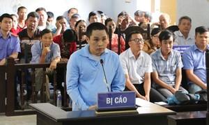 Cán bộ huyện đâm chết đồng nghiệp ở quán karoke lãnh 15 năm tù