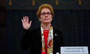 Trump công kích nhà ngoại giao nữ kỳ cựu của Mỹ