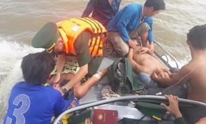 Bốn ngư dân tử vong do ngạt khí trong hầm cá