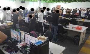 Malaysia bắt gần 1.000 người Trung Quốc lừa đảo trực tuyến