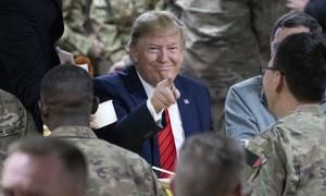 Trump bất ngờ đến thăm, uỷ lạo binh sĩ ở Afghanistan