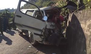Xe chở đoàn người đi giao lưu gặp nạn, 2 người chết, 5 người bị thương