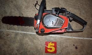 Người đàn ông dùng cưa máy cắt cổ tự tử vì mâu thuẫn gia đình