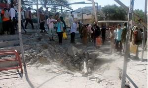 Hy hữu tên lửa rơi trúng lễ diễu binh, 10 người chết