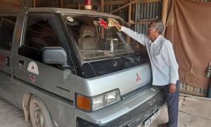 Lão nông nơi biên giới giúp người nghèo bằng cả tấm lòng