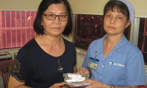 Nhân viên vệ sinh nhặt được 102 triệu trong bệnh viện, trả lại bệnh nhân