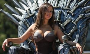 Diễn viên phim khiêu dâm dự định ra tranh cử thống đốc ở Nga
