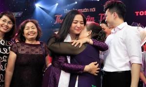 MC Quỳnh Hương xúc động chia tay Thay lời muốn nói
