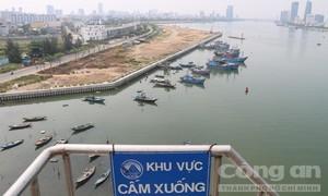 """Người dân Đà Nẵng '""""tức mắt"""" với dự án """"khủng"""" lấn sông Hàn"""