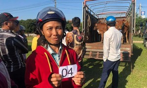 Báo Công an TP.HCM mang niềm vui đến cho đồng bào nghèo Hà Tĩnh