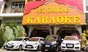 Nhiều quán đầu tư ôtô đưa khách nhậu về nhà để… chống ế