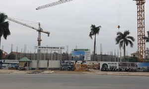Dân khổ vì dự án Trung tâm hội nghị Summer Palace thi công rầm rộ