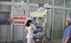 Diễn tập cấp cứu nạn nhân sập siêu thị làm 50 người thương vong