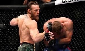 Clip Conor McGregor tái xuất, knock-out đối thủ chỉ sau 40 giây