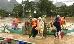 Phạt 4 trường hợp đăng tin sai sự thật về lũ lụt trên mạng