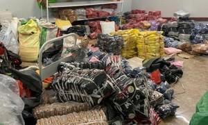 8.000 sản phẩm thời trang lậu bán qua sàn thương mại điện tử