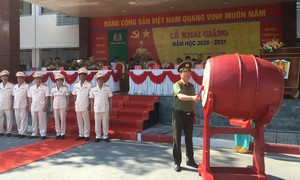 Thứ trưởng Nguyễn Văn Thành dự khai giảng tại Trường Cao đẳng CSND II
