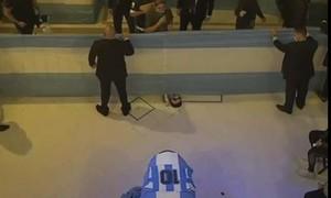 Nhân viên tang lễ gây phẫn nộ vì chụp ảnh 'tự sướng' với di thể Maradona