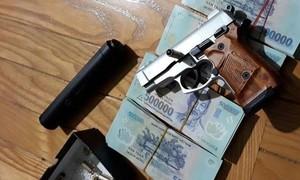 Công an TPHCM cảnh báo nạn buôn bán vũ khí, công cụ hỗ trợ qua mạng