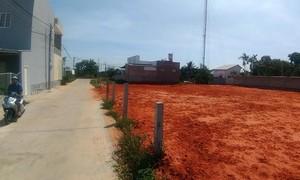 Bắt giam Bí thư Đảng ủy thị trấn vì sai phạm đất đai