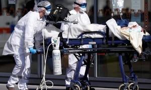 Thiếu nữ Pháp tử vong vì biến thể lạ của virus corona chủng mới