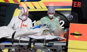 Mỹ vẫn dẫn đầu về ca nhiễm, thế giới đã có 33.000 người chết