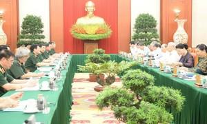 Bộ Chính trị làm việc với Thường vụ Quân uỷ Trung ương