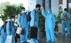 TPHCM: Chuẩn bị 27 khách sạn để cách ly các chuyên gia, có thu phí