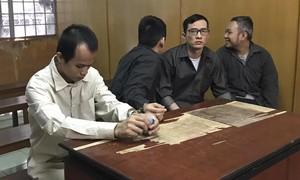 Nhóm sản xuất bao cao su giả lãnh 24 năm tù