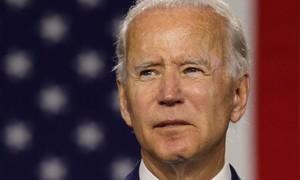 Biden dự tính ký 17 lệnh đảo ngược chính sách của ông Trump