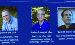 Nobel kinh tế được trao cho 3 nhà khoa học
