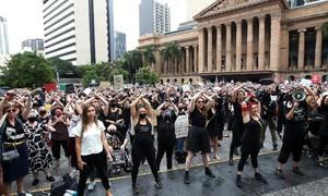 Úc tặng tiền giúp các nạn nhân rời bỏ 'người tình bạo lực'