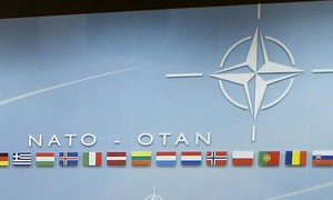 Căng thẳng gia tăng: NATO lên kế hoạch tổng thể đối phó Nga