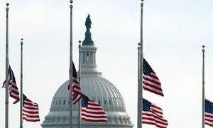 500.000 người chết vì dịch COVID-19, Mỹ treo cờ rủ 5 ngày để tưởng niệm