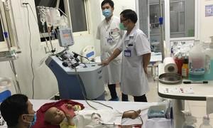 Bệnh nhi đầu tiên được chữa khỏi u nguyên bào nhờ ghép tế bào gốc