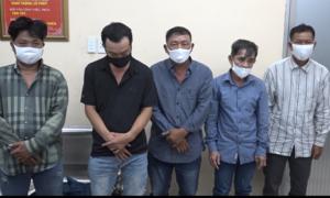 Cảnh sát hình sự TPHCM bắt gọn nhóm dàn cảnh va quẹt trộm tài sản