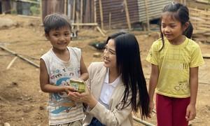 Hoa hậu Đỗ Thị Hà khởi động dự án nhân ái