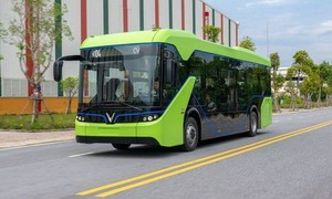 TPHCM được tự quyết định triển khai thí điểm xe buýt điện