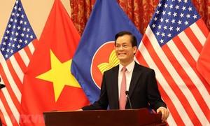 Việt Nam đề xuất hợp tác với Mỹ sản xuất vắc xin ngừa COVID-19