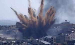 Clip xe tăng Israel pháo kích dồn dập vào dải Gaza