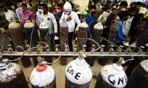 Bắt giữ nhóm lừa đảo dùng bình chữa cháy giả bình oxy bán cho bệnh nhân nCoV