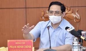 """Thủ tướng họp khẩn với 6 tỉnh biên giới Tây Nam về phòng chống dịch: Thời điểm """"nước sôi lửa bỏng"""""""