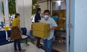 HCDC tiếp nhận 300.000 liều vắc xin Astrazeneca từ Viện Pasteur TPHCM