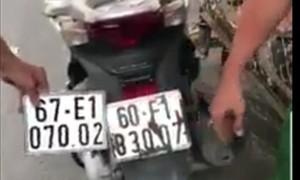 Cảnh giác: Thủ đoạn dán chồng biển số giả tại các bãi giữ xe để trộm xe máy