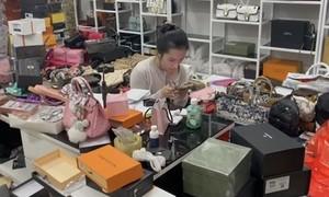 Kỳ 2: Khi người nổi tiếng rao bán hàng nhái