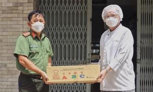 ABC Bakery tiếp sức lực lượng chống dịch tại TPHCM 20.000 phần bánh